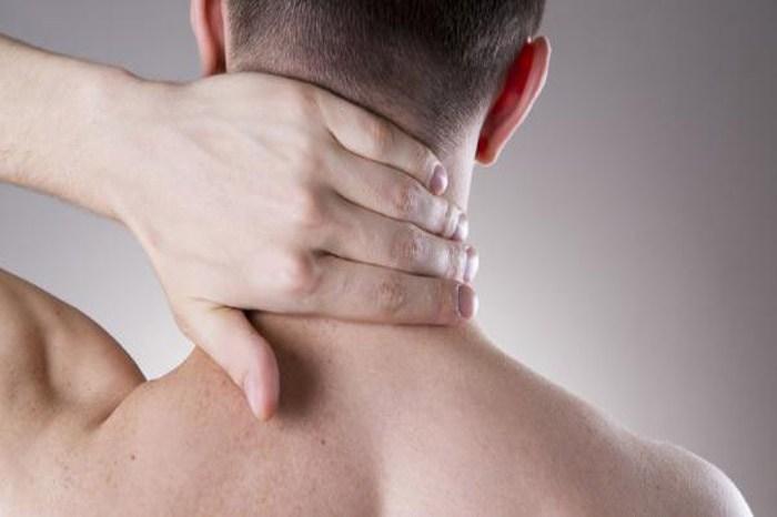 ¿Cómo deshacerse del acné Cuello
