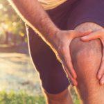 Dolor sobre la tapa de la rodilla después de correr y otras actividades