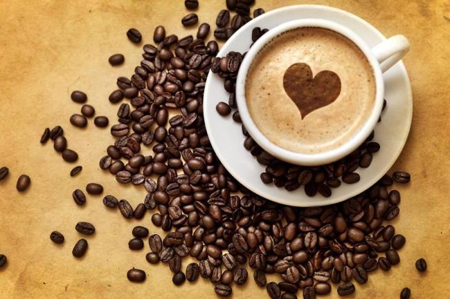 La cafeína dilata los vasos sanguíneos