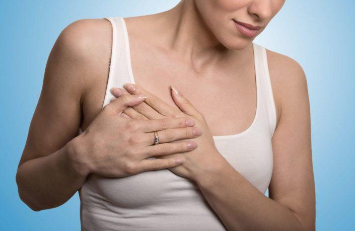 Qué causa el dolor en los senos durante la lactancia