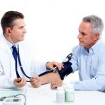 Qué causa las fluctuaciones en la presión arterial