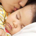 Sudoración excesiva de la cabeza mientras duerme de noche