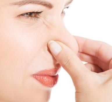causas-principales-amoniaco-olor-sudor