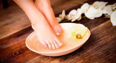 remojar-los-pies-en-sal-de-epsom-y-bicarbonato-de-sodio