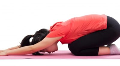 6-posturas-de-yoga-para-aliviar-el-dolor-articular