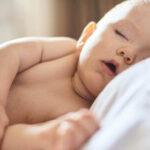 deberias-preocuparte-bebe-durmiendo