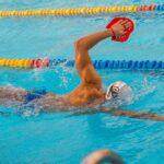 beneficios-para-la-salud-natacion-hombres-mujeres-ninos