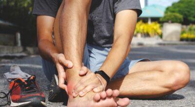 esguince-de-tobillo-causa-sintomas-tratamientos-prevencion