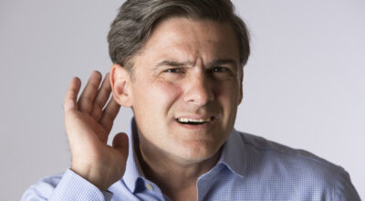 sordera-causa-sintomas-tratamiento-mitos