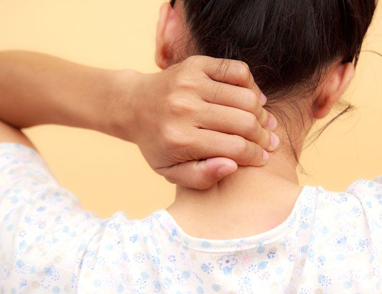 8 causas comunes de dolor de cuello